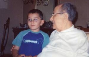 Nisan 2000. Fettah Abinin evi. oğlum Deniz ve Fettah Aytaç