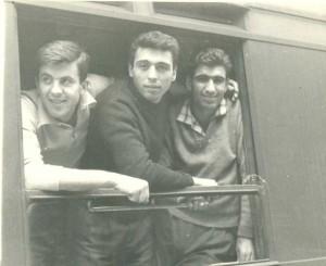 (soldan): Nedret Uyguç, Haşim Ülküyakın, Dursun Açıkbaş.