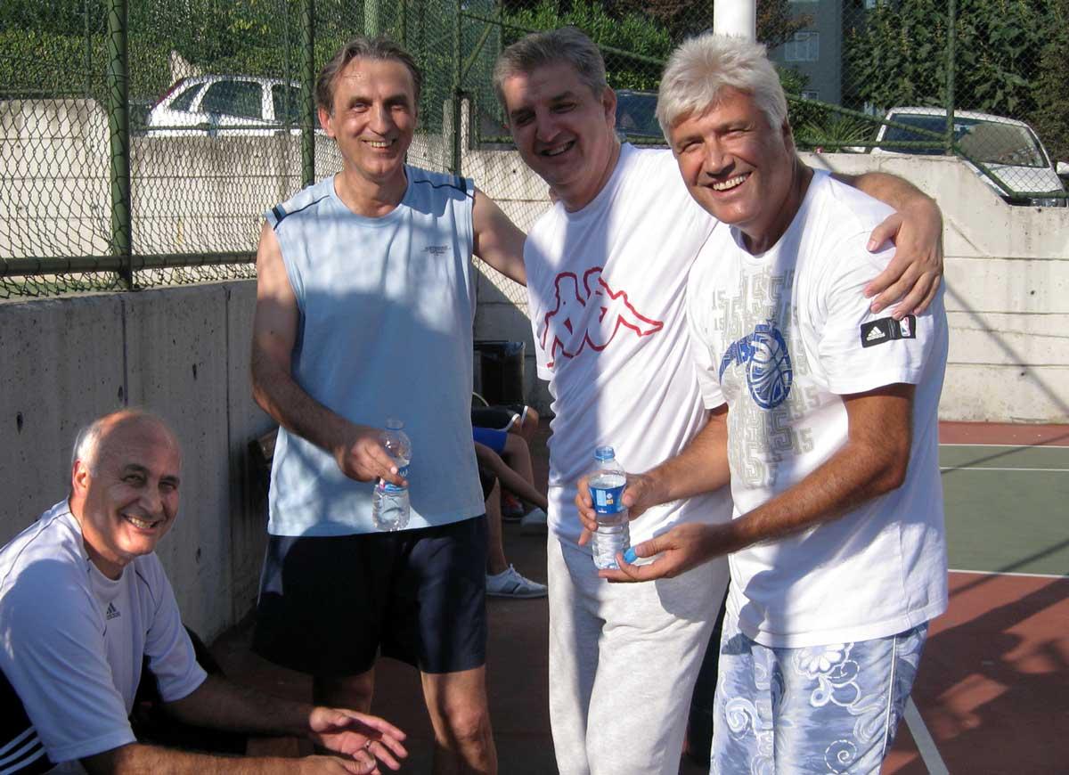 Takım Yine Bir Arada-Eylül 2011, (Soldan Sağa: Eşref, Adnan, Cem, İsmail)
