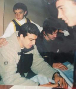 Fenerbahçe'de ikwn İmza vermeye gelen sporcular: Umut Yenice(Solda), Erkan Veyseloğlu(Sağda)
