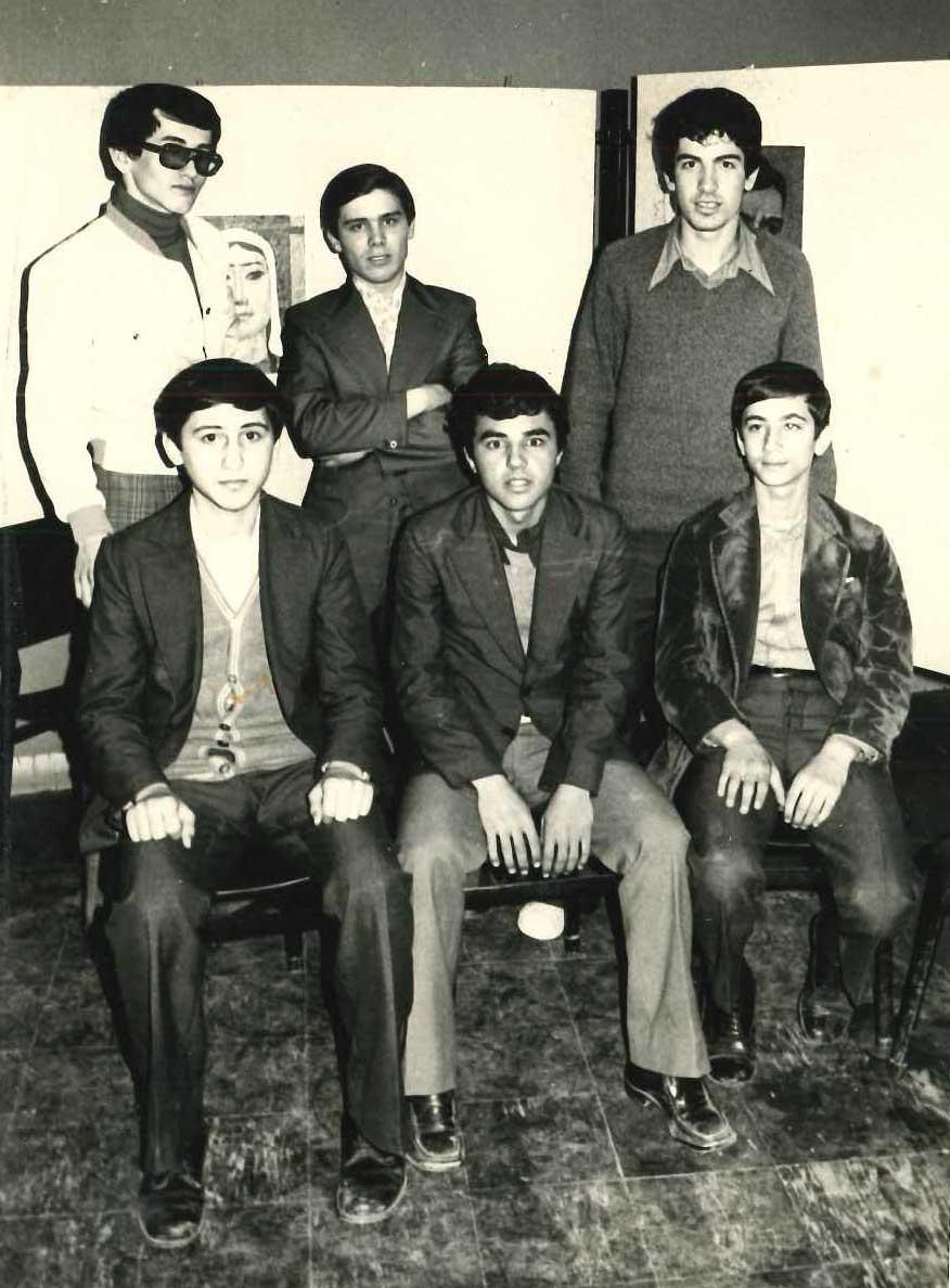Turnuvası,Soldan, arka sıra; Necdet Okbay, Faruk Uğurlu, Ercüment Gündoğdu, ön sıra; Cemal Gündüz, Ertuğrul Karakaya, Ahmet Demirel