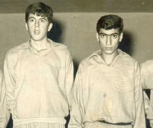Nedret (solda) ve Dursun Darüşşafaka kulübü yıldız takımında, sene 1954.